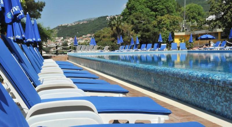 HOTEL HUNGUEST SUN RESORT - HERCEG NOVI